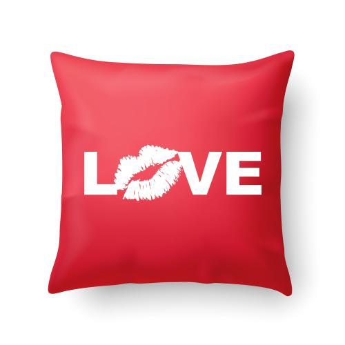 Czerwona PODUSZKA druk LOVE