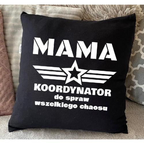 PODUSZKA druk Mama koordynator wszelkiego chaosu czerwona/czarma