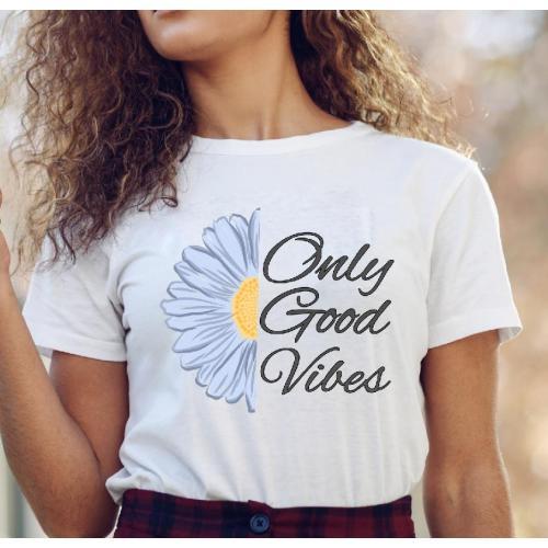 Koszulka z napisem Good Vibes Only