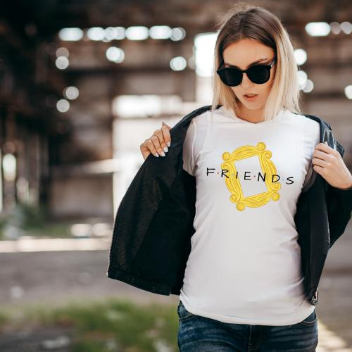 t-shirt friends frame