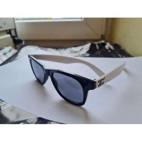 okulary nerdy czaszka white...